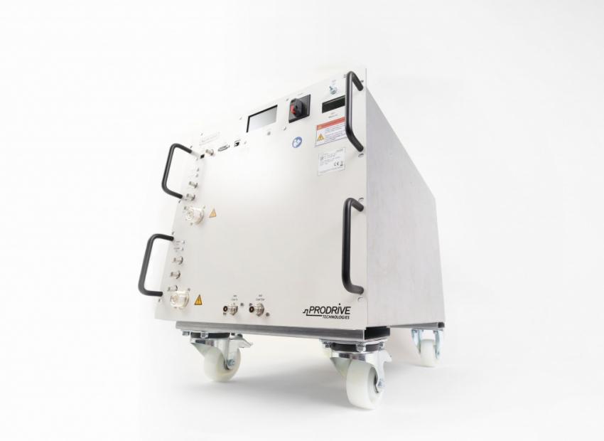 19edd9ad2fd De NGRF3000-2 is gebaseerd op dezelfde technologie als de NGRF1500, maar  gericht op 3,0 T systemen.