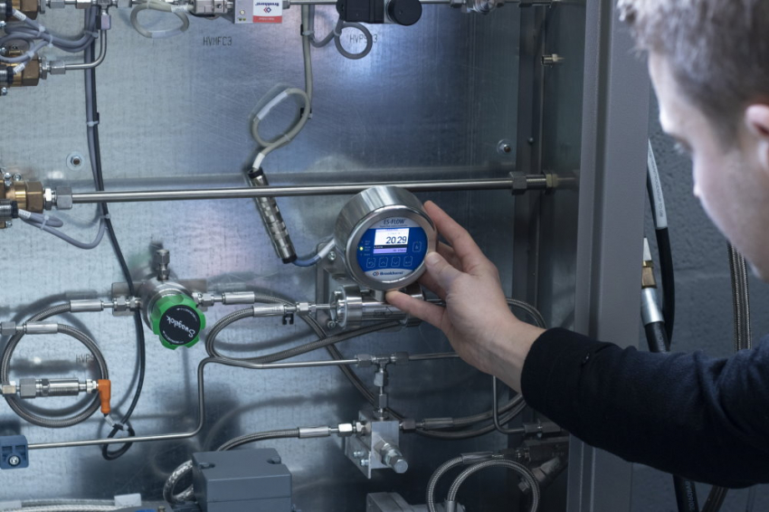 Bronkhorst flow meter