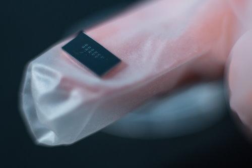 Surfix chip
