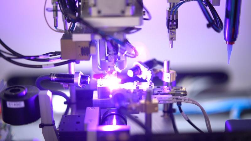 Prodrive optics alignment assembly line